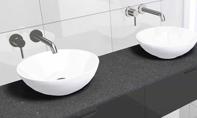 Badkamer-uitzoeken--Kranen-in-de-muur