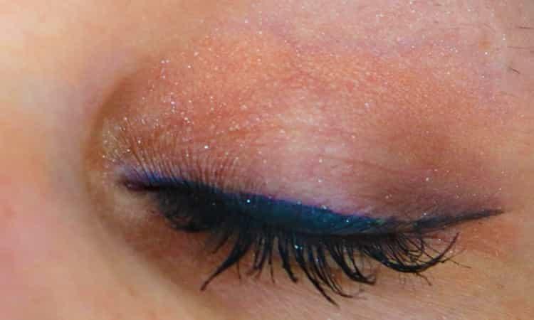 kiko-milano-prom-queen-eye-shadow-palet-me-licious-eye