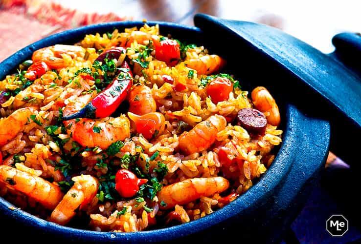 paella met sucuk en garnalen