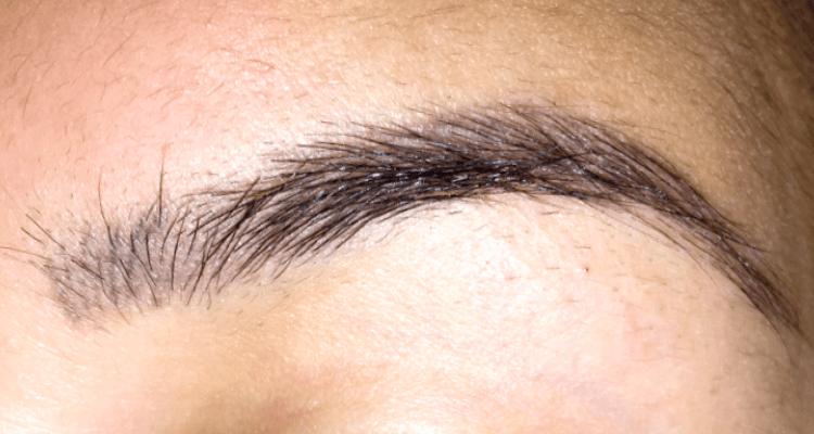 Semi permanente make-up op mijn wenkbrauwen-2