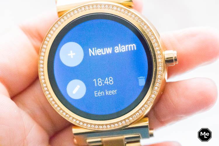 Michael Kors Acces Sofie smartwatch - alarm