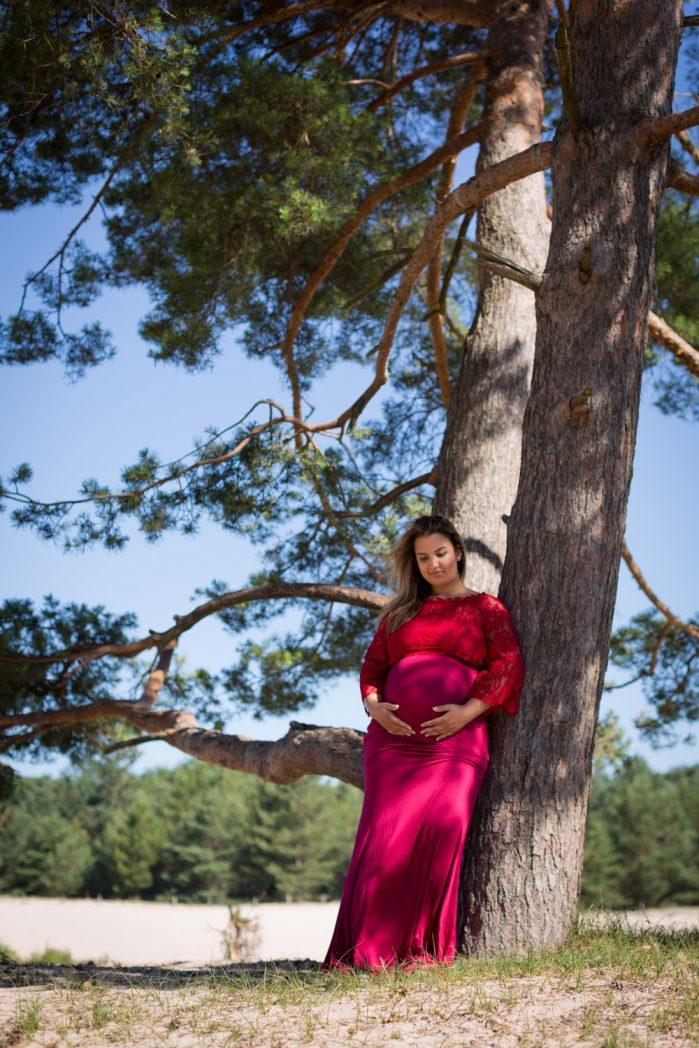 mariëlle  met zwangere buik
