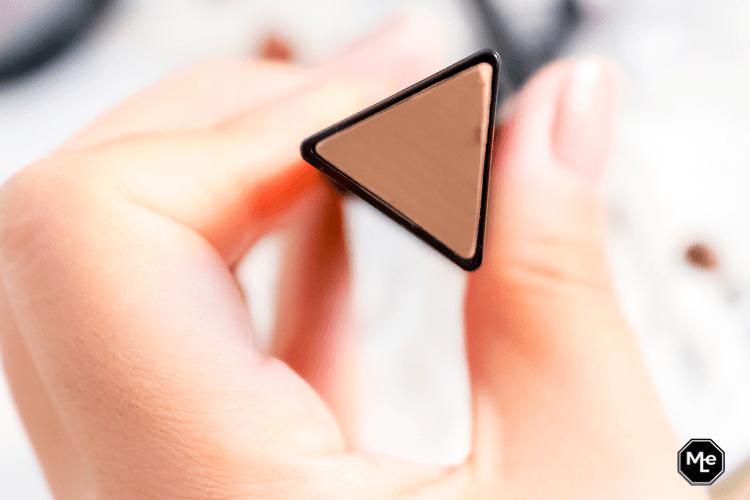 Catrice Triangle artist contour stick close-up