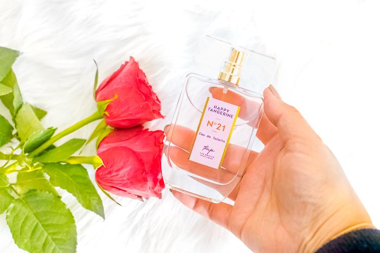 The Master Perfumer N°21 Happy Tangerine in mijn hand