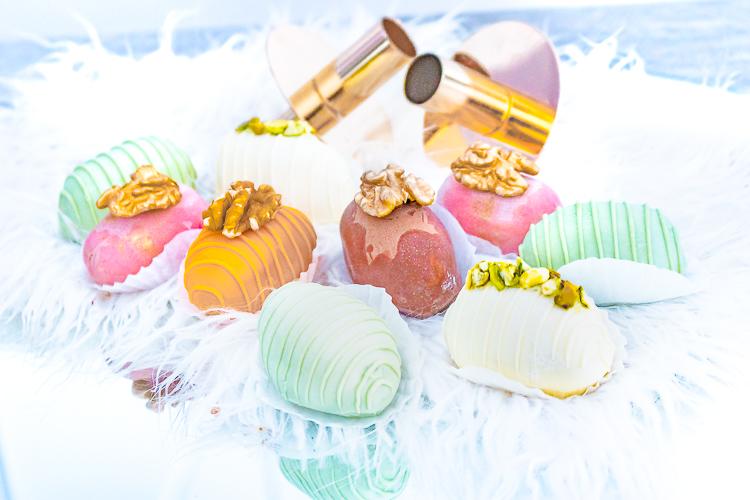 dadels met chocolade-Artisanal-Dates