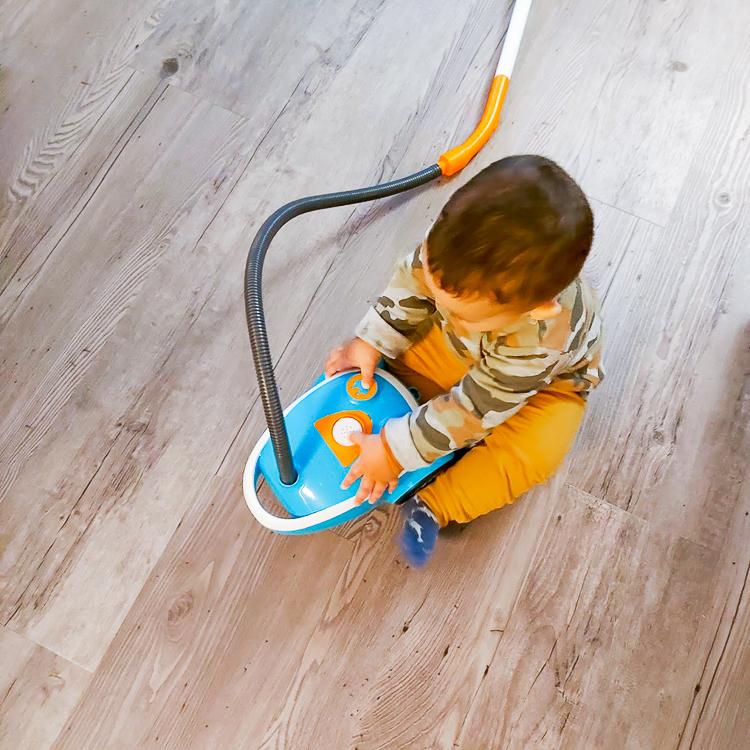 Smoby speelgoedstofzuiger en schoonmaakwagen
