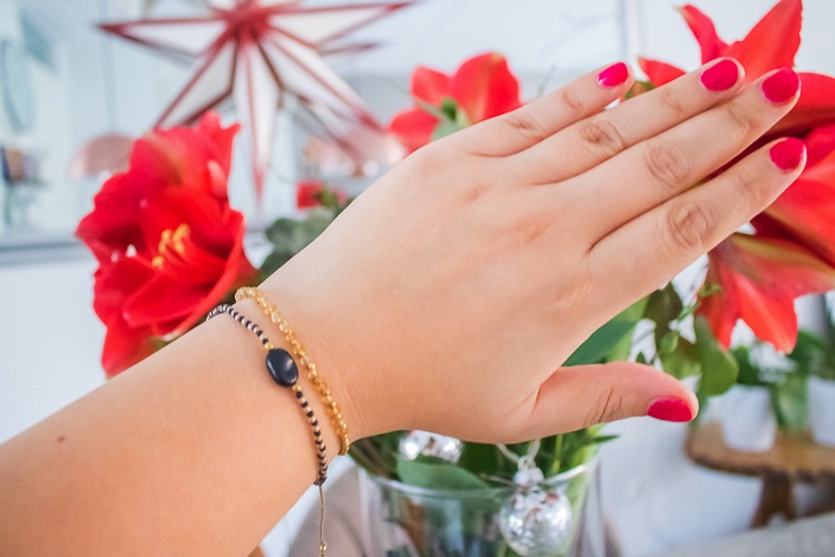 review A Beautiful Story bracelet party